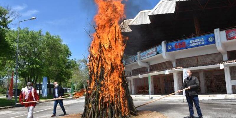 Edirne'de 1400 yıllık 'Kakava ateşi' bu yıl da sembolik yakılacak