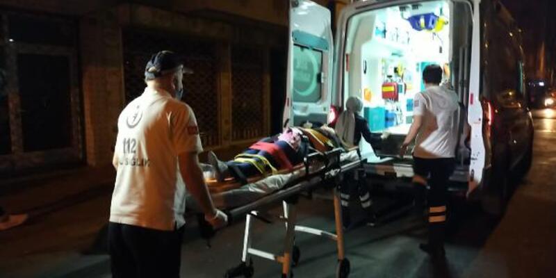 İki bina arasındaki boşluğa düşen kızı itfaiye kurtardı