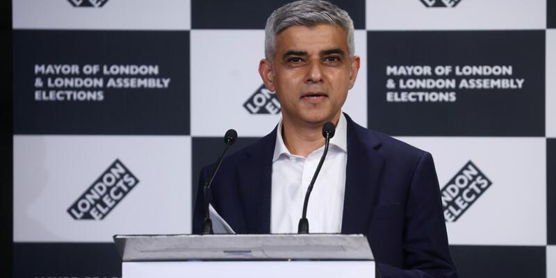 Sadık Han ikinci kez Londra Belediye Başkanı seçildi