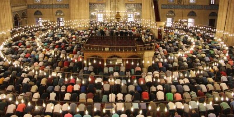 Aydın bayram namazı kaçta? 2021 Aydın bayram namazı vakti (saati) Diyanet il il Ramazan Bayramı namazı saatleri!