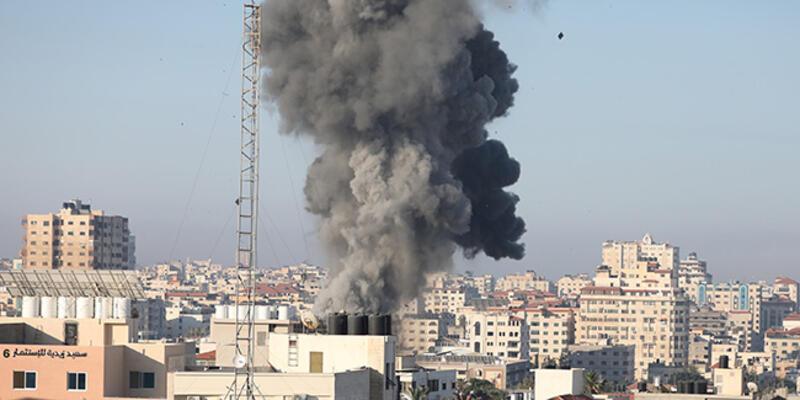 İsrail, savaş uçakları ve topçu birlikleri ile Gazze'ye yeni bir saldırı başlattı