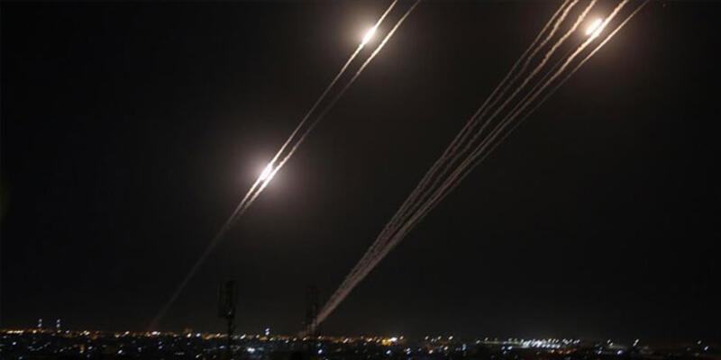 İsrail saldırılarına karşılık Gazze'den Tel Aviv ve çevresine roket atıldı