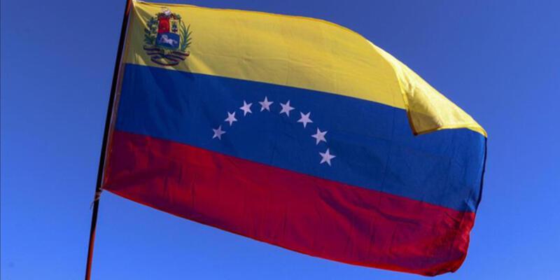 Venezuela, Kolombiya sınırında 8 askerinin rehin alındığını doğruladı