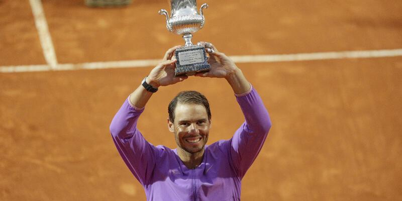 Rafael Nadal 10. kez şampiyon oldu