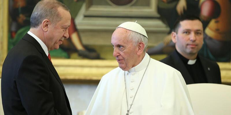 SON DAKİKA: Cumhurbaşkanı Erdoğan, Papa ile görüştü