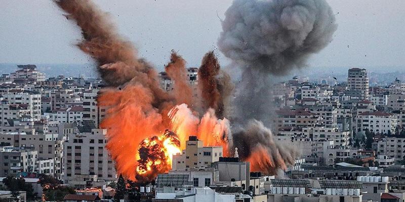 İsrail Savunma Bakanı Gantz, Gazze'ye saldırıların devam edeceğini söyledi