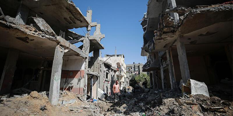 İsrail saldırılarında Gazze'de hayatını kaybedenlerin sayısı 248'e yükseldi