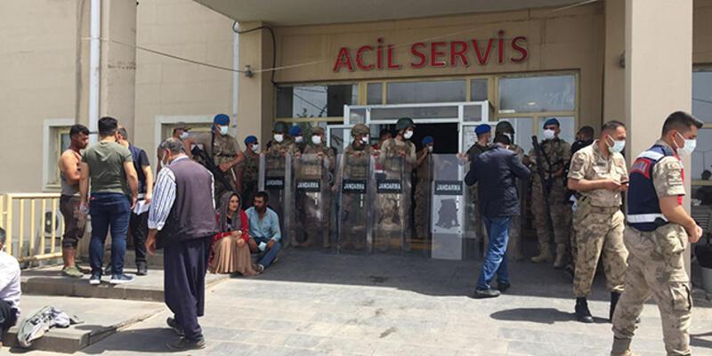 SON DAKİKA: Şanlıurfa'da 2 aile arasında silahlı kavga: 3 ölü, 6 yaralı