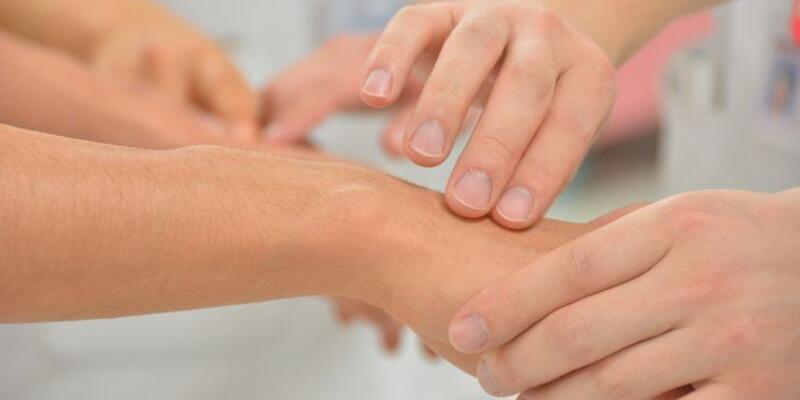 Fibromiyalji sendromu kadınlarda daha sık görülüyor