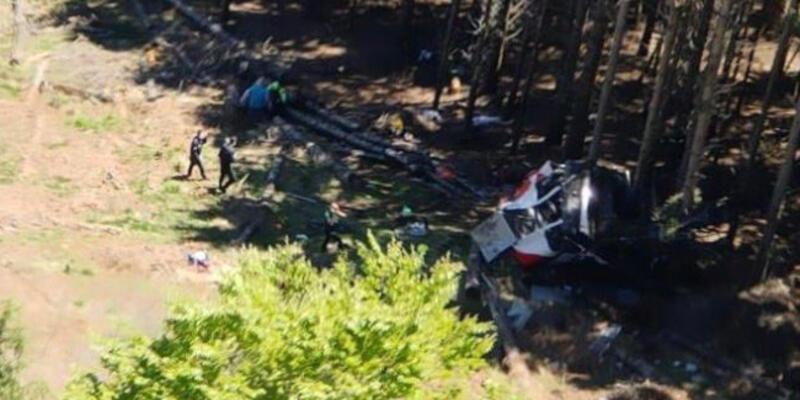 İtalya'da teleferik kazası: 9 ölü