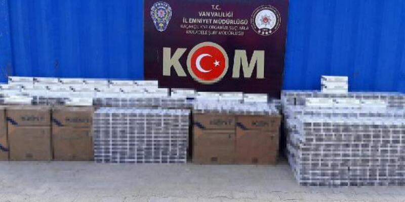 Van'da 4 eve baskın; 15 bin paket kaçak sigara ele geçirildi
