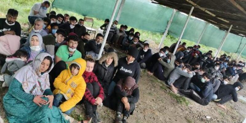 Yunanistan'ın adacıkta mahsur bıraktığı 81 göçmen kurtarıldı