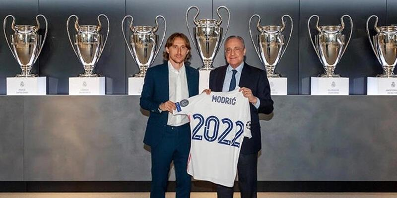 Son dakika... Luka Modric 1 yıl daha Real Madrid'de!