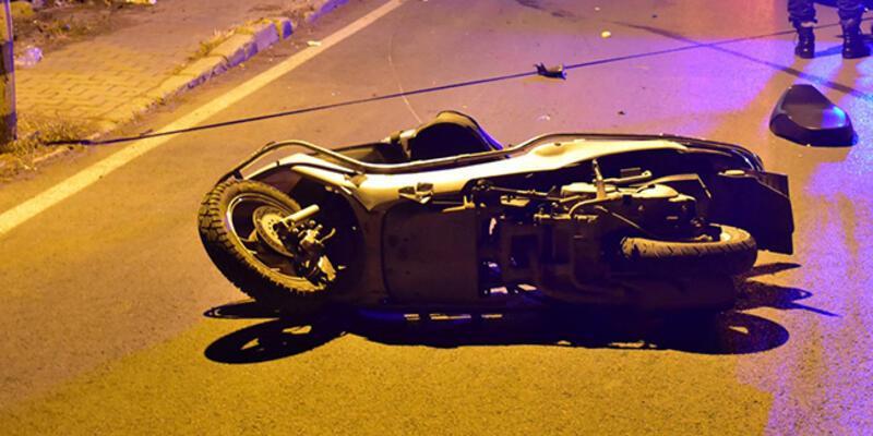 Direksiyon hakimiyetini kaybeden üniversite öğrencisi moto kurye hayatını kaybetti
