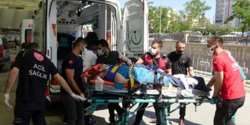 Siirt'te yolcu minibüsü devrildi: 10 yaralı
