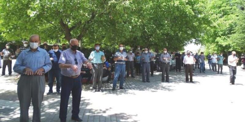 Hisarcık'ta köylüler yağmur duasına çıktı