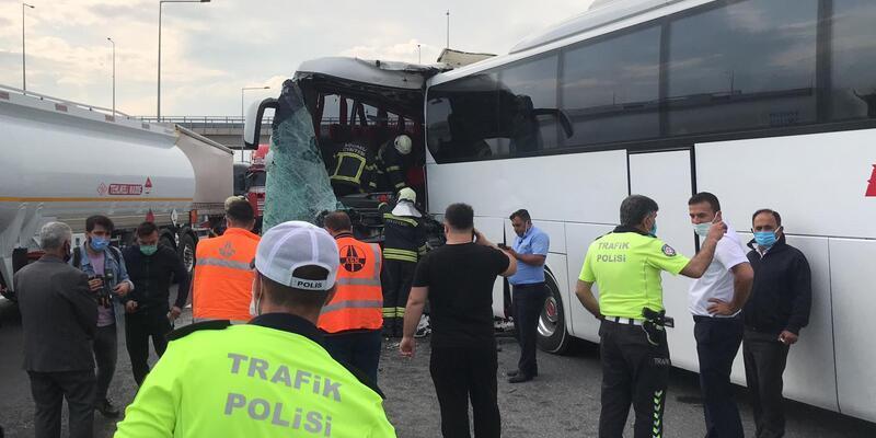 Yolcu otobüsleri çarpıştı: 8 yaralı