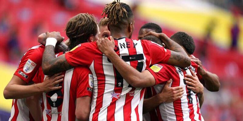 Premier Lig'e yükselen son takım Brentford!