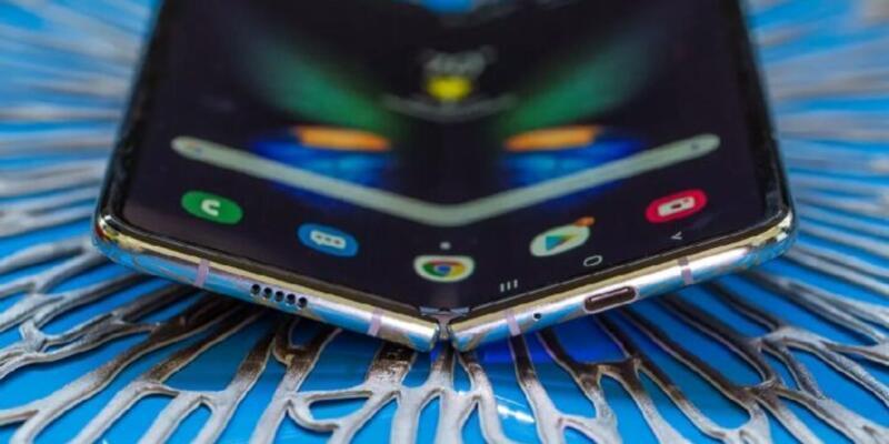 Katlanabilir telefonlar 2021 yılında büyük ses getirecek