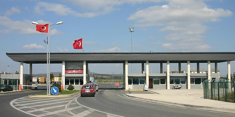 Türkiye'ye girişlere ilişkin daha önceki uygulamalar yürürlükten kaldırıldı