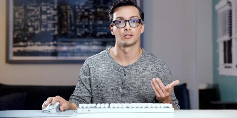 Oyun tutkunlarına özel gözlük geliştirildi