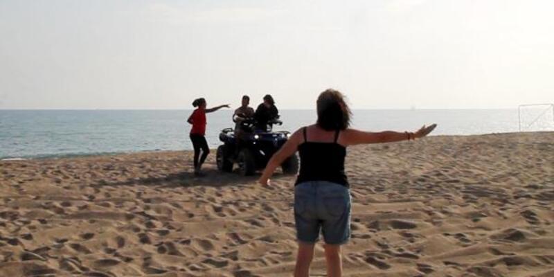 Caretta yuvalama alanına ATV ile girdiler