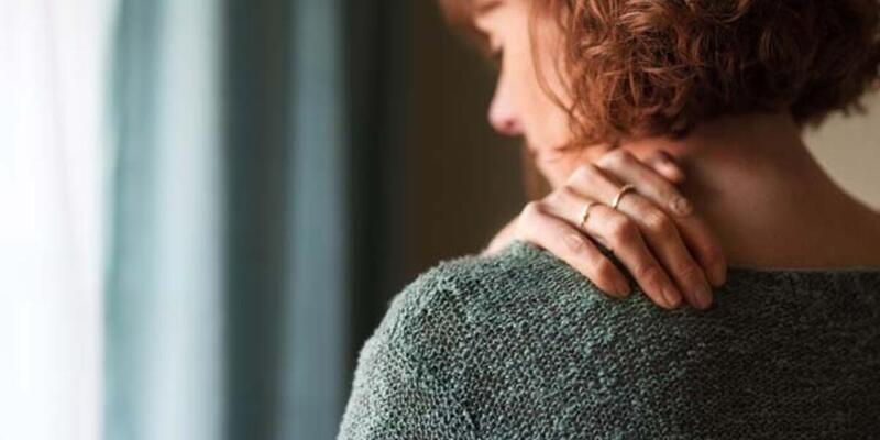 Miyofasiyal ağrı sendromu (MAS) nedir, neden olur? Miyofasiyal ağrı sendromu belirtileri!