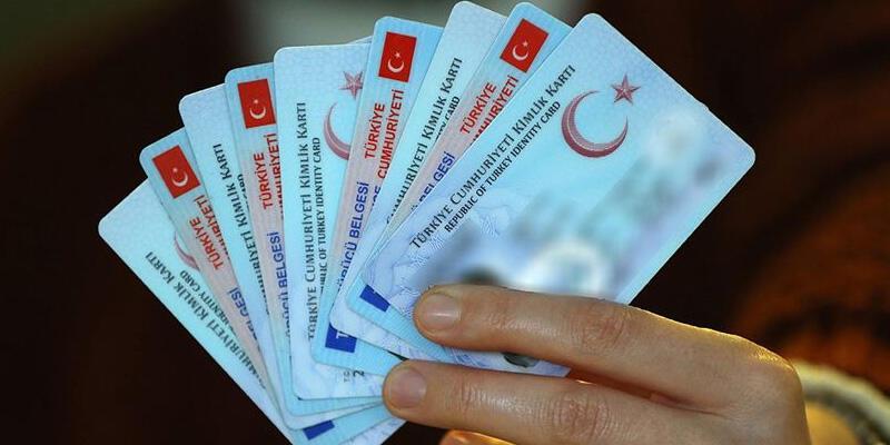KKTC'ye gidişte yeni kimlik kartı zorunluğu