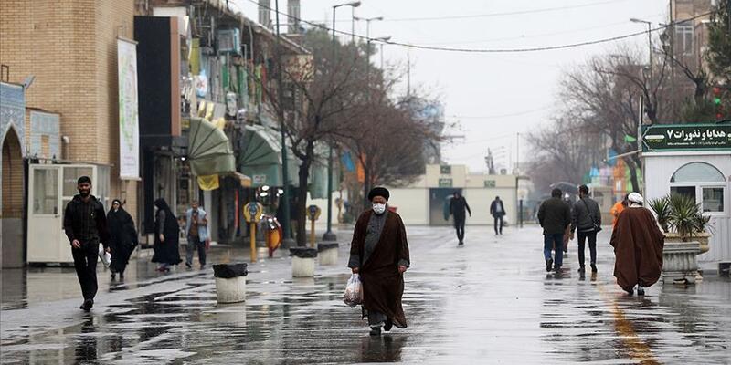 İran'da son 24 saatte Kovid-19'dan 120 kişi hayatını kaybetti