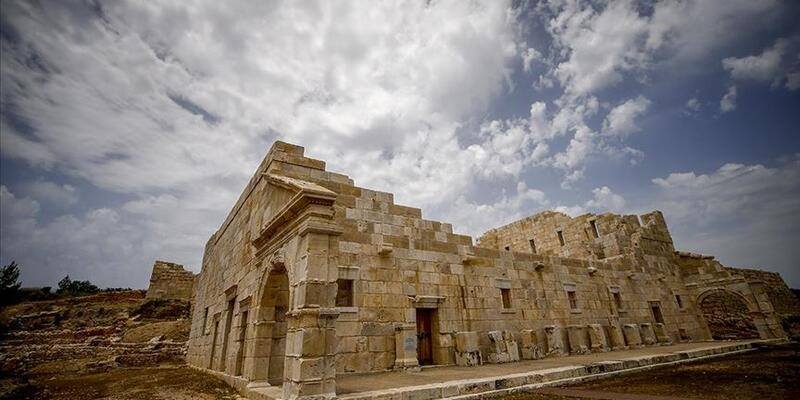 Patara Antik Kenti Nerede, Nasıl Gidilir? Patara Antik Kenti Tarihi Ve Özellikleri...