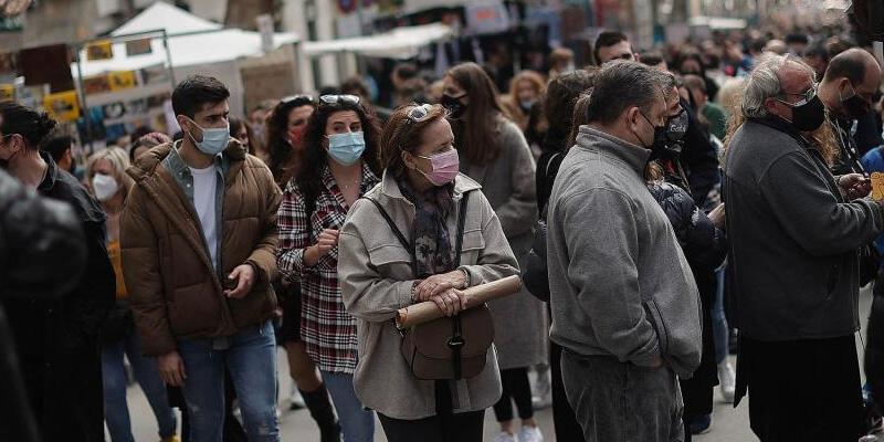 İspanya'da Kovid-19'dan son 3 günde 40 kişi hayatını kaybetti