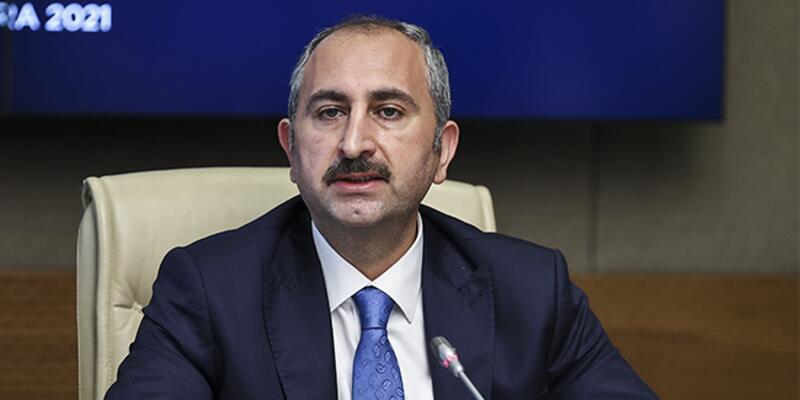 Bakan Gül'den 'yeni anayasa' açıklaması