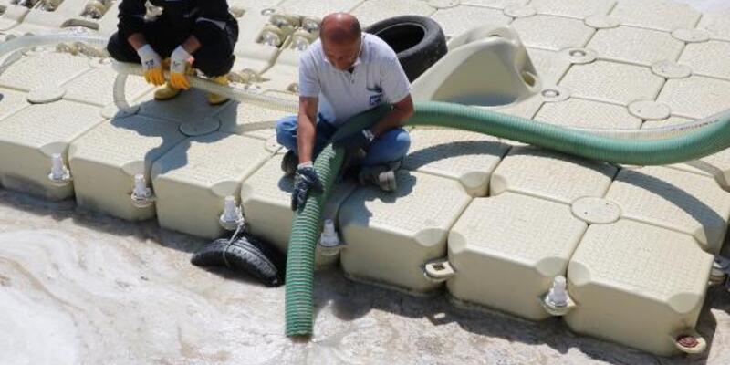 Çanakkale Boğazı'nda 2 günde 27 metreküp müsilaj toplandı