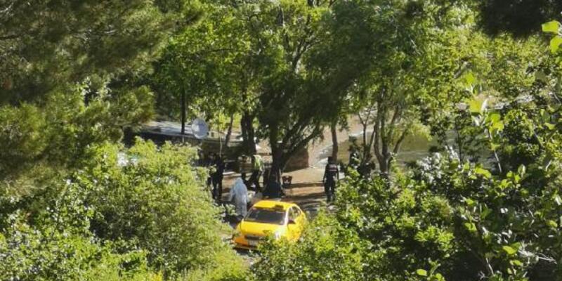 Barakada tartıştığı 3 arkadaşını tabancayla öldürdü