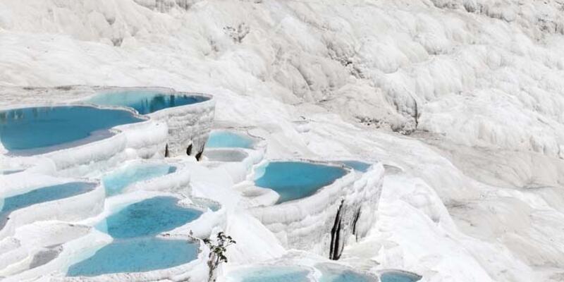 Pamukkale'de Gezilecek Yerler Nelerdir? Pamukkale'nin Tarihi Ve Doğal Güzellikleri...
