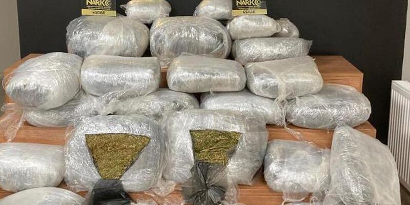 Şanlıurfa'da uyuşturucuya 2 tutuklama