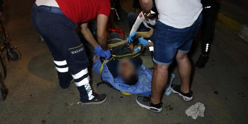 Antalya'da motosikletle otomobil çarpıştı: 2 yaralı