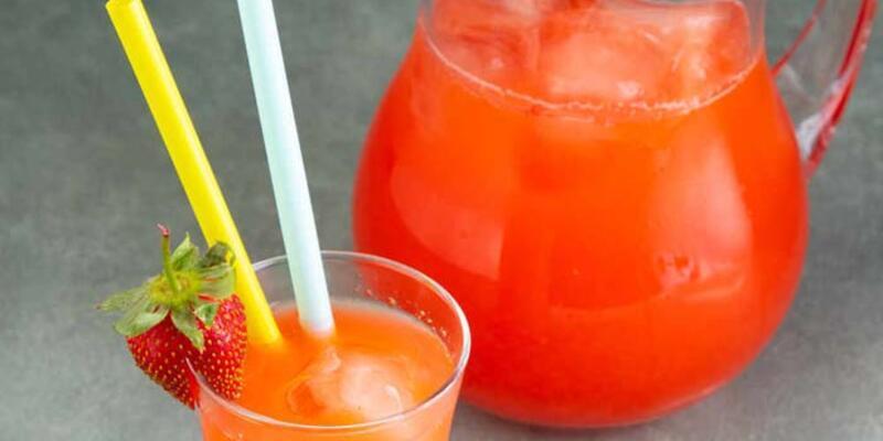 Serinleten içecek çilekli limonata tarifi