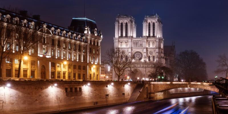 Notre Dame Katedrali Nerede, Nasıl Gidilir? Notre Dame Katedrali Hakkında Bilinmesi Gerekenler