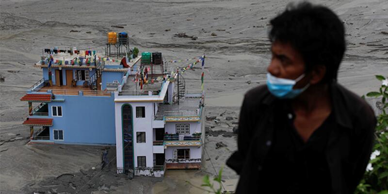Nepal'deki sellerde ölü sayısı 18'e çıktı