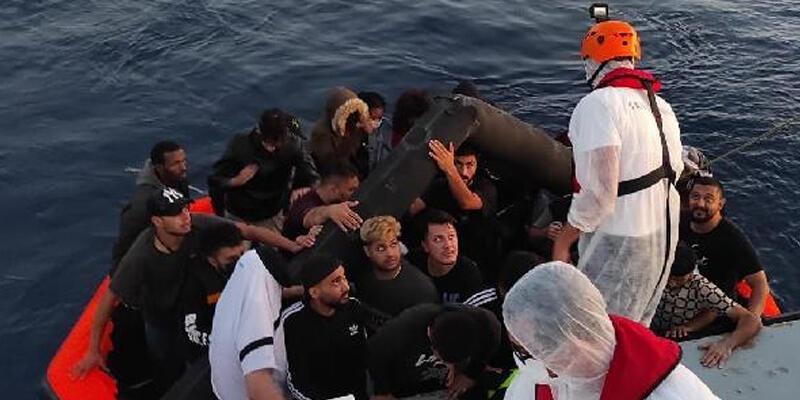 İzmir'de 73 kaçak göçmen yakalandı, 51 kaçak göçmen de kurtarıldı