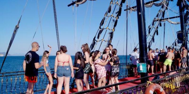 Marmaris'te günübirlik tekne turları başladı