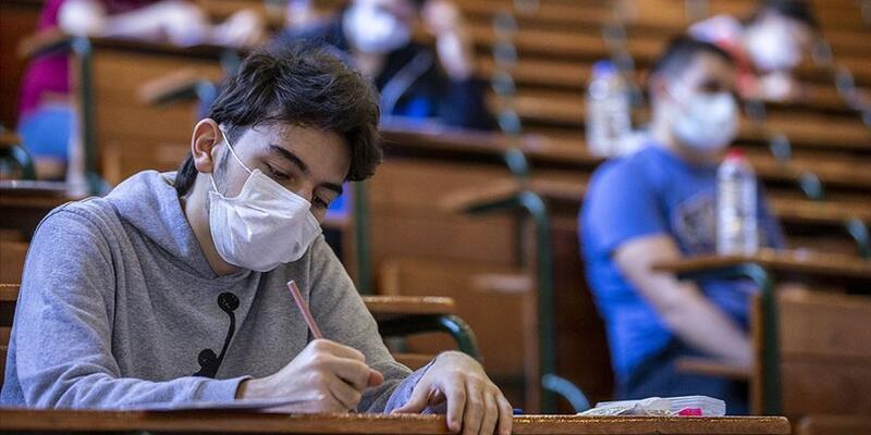 Üniversiteler ne zaman açılacak 2021? Eylülde üniversitelerde yüz yüz eğitim başlayacak mı?