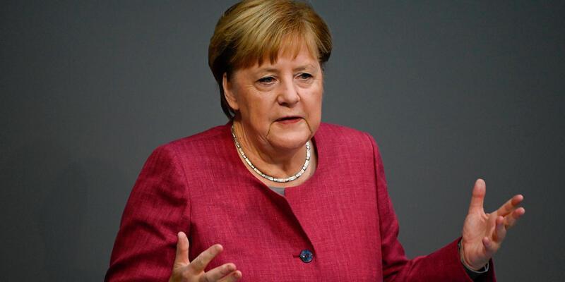 """Merkel: """"Türkiye ile diyalog gündemini hızla hayata geçirmeliyiz"""""""