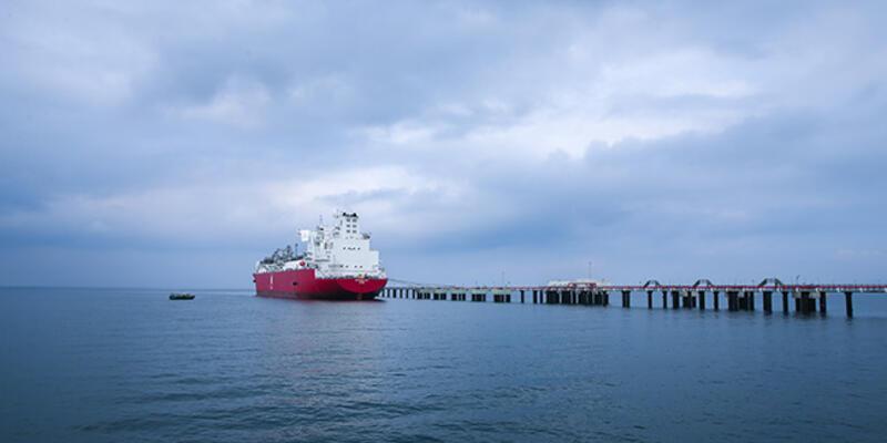 Türkiye'nin ilk yüzer depolama ve gazlaştırma ünitesi hizmete giriyor