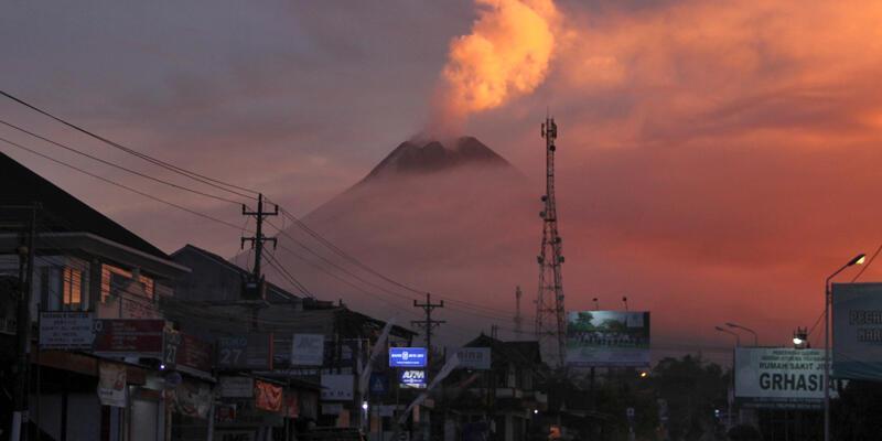 Merapi Yanardağı'nda haziran ayında ikinci kez patlama meydana geldi