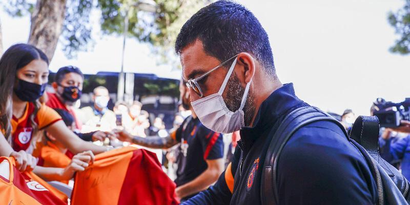 Galatasaray'da Arda Turan imzayı atıyor