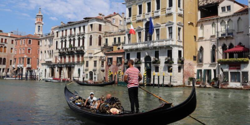 Venedik Nerede, Nasıl Gidilir? Venedik Gezilecek Yerler Nelerdir?