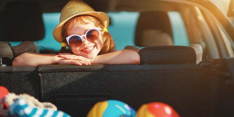 Çocukların göz sağlığı için güneş gözlüğü önerisi!