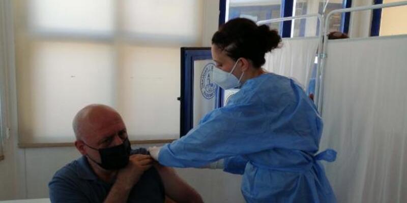 Harem Otogarı'nda yerinde aşı uygulaması başladı